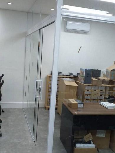 Divisórias de vidro temperado em SP da 2M Divisórias