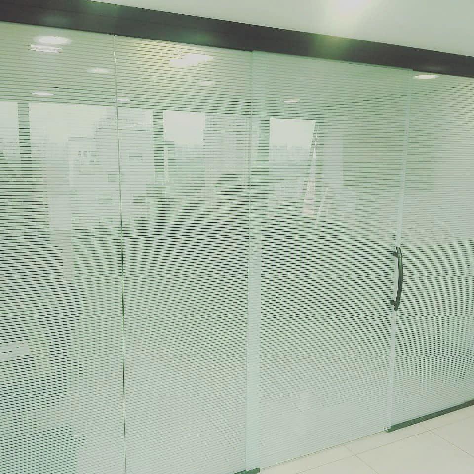 Divisórias de vidro temperado em SP