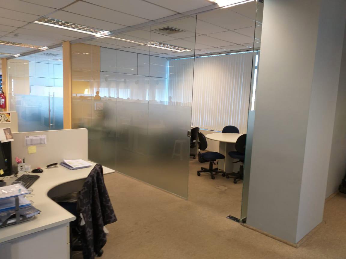 Divisórias de vidro temperado preço da 2M Divisórias